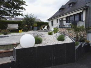 Pierreau Le Jardinier Acceuil Massif Remplacement Terrasse 00